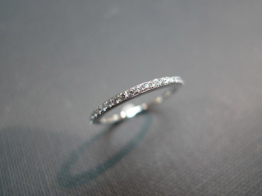 1.5mm Wedding Band Diamond Ring in 14K White Gold