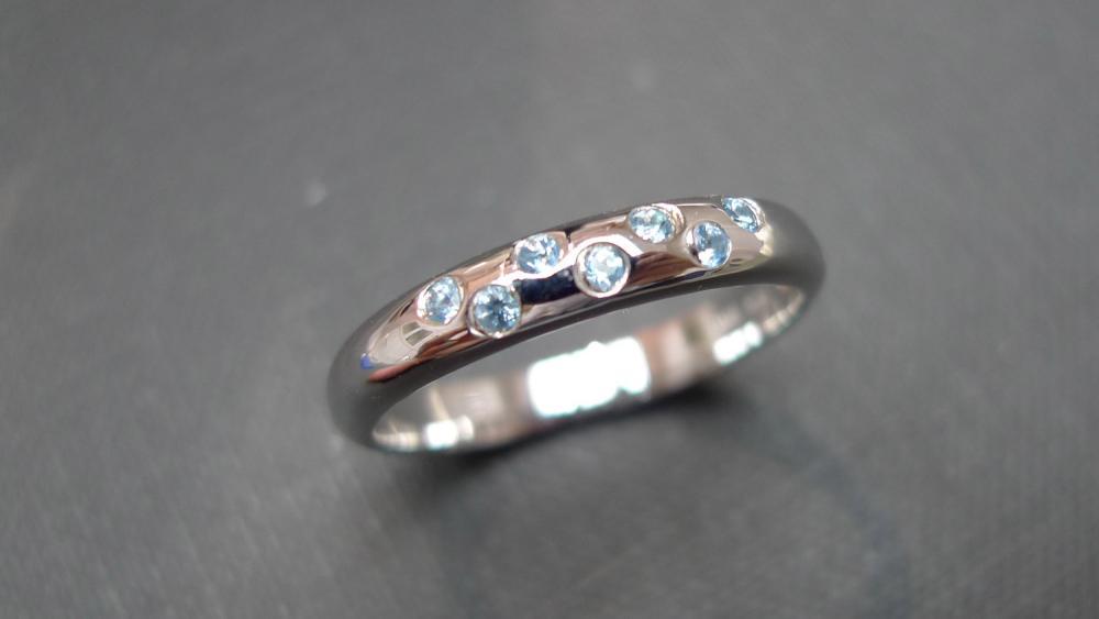 Blue Topaz Ring in 14K White Gold