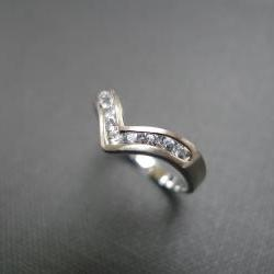 Wedding Ring with White Sapphire in 14K White Gold