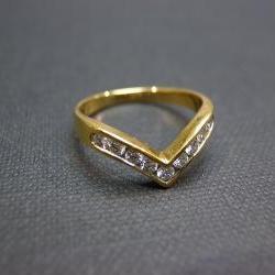 Wedding Diamond Ring in 14K Yellow Gold