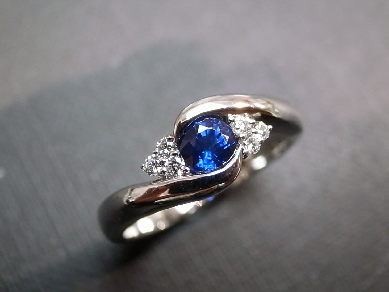 valina bsa and white ring tw sapphire in mounting rose diamond ct blue wedding rings engagement gold